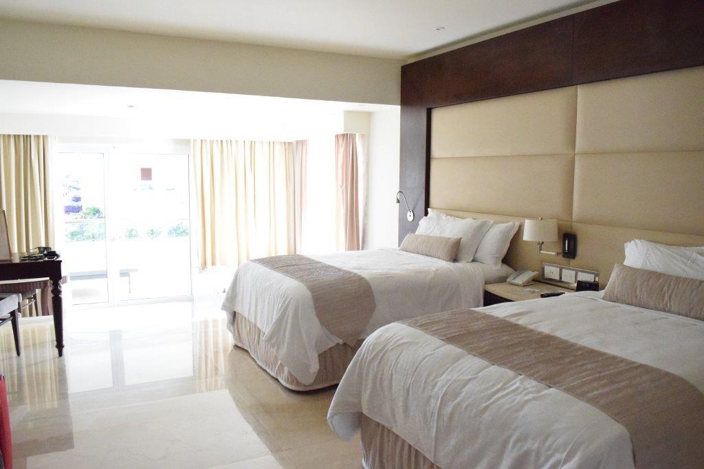 Rooms at The Grand at Moon Palace